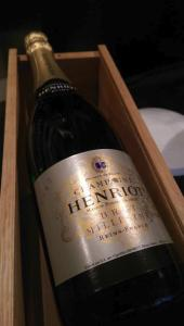 CHAMPAGNE HENRIOT MILLESIME 1982